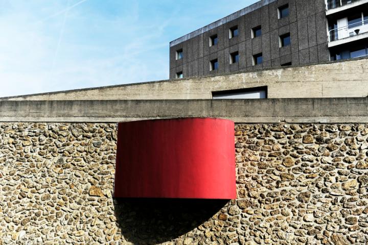 Issu d'un projet moderne et original de deux architectes mondialement reconnus, Lucio Costa et Le Corbusier, le bâtiment a été inscrit en 1985 à l'Inventaire Supplémentaire des Monuments Historiques français et reçoit régulièrement des visiteurs de toutes les nationalités amateurs d'architecture. © Photos Didier Raux