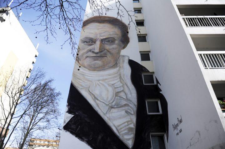 Fresque immeuble Paris 7