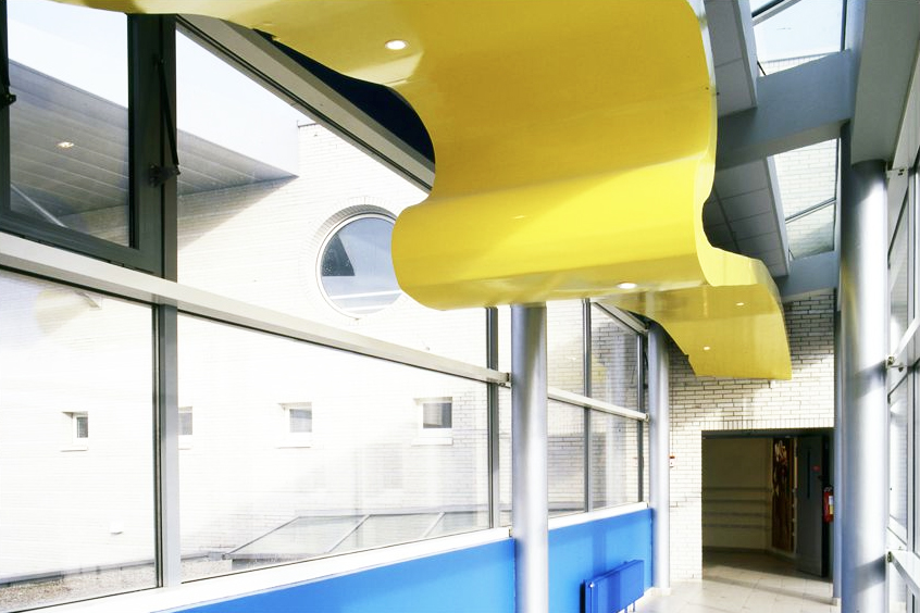 Plafond internet au lycée de Merville (62). ©Didier Raux