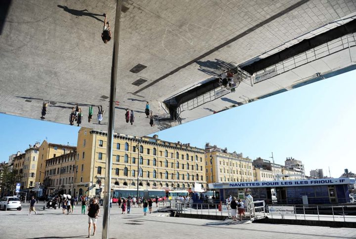 Le Miroir Norman Foster Marseille © D Raux 2