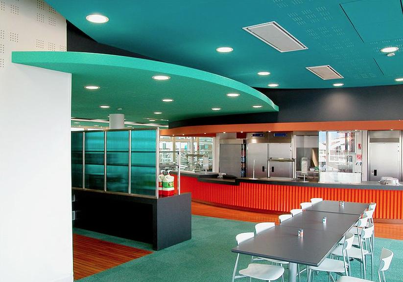 Restaurant Inter-entreprises La Plaine Saint-Denis. © Didier Raux