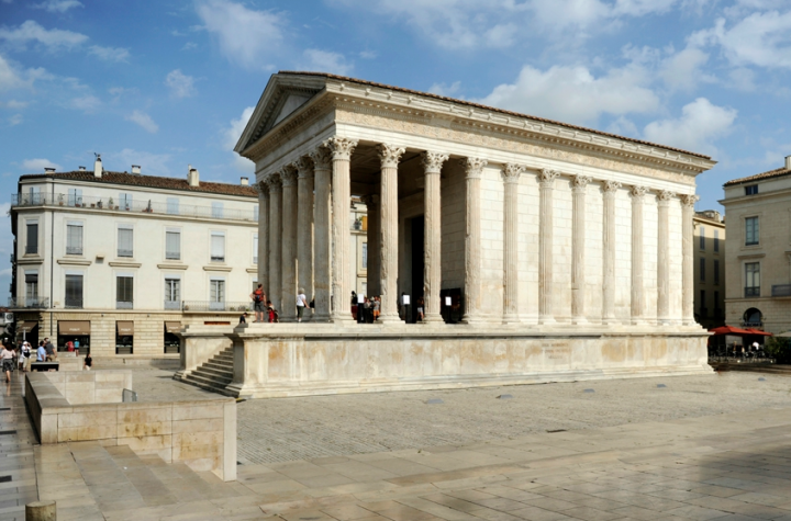La Maison Carrée à Nîmes. © Photo Didier Raux