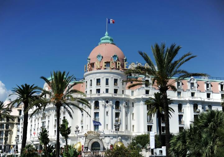 En 100 ans, ce majestueux hôtel Negresco a accueilli les plus grandes célébrités, et attire encore ceux qui, tout simplement, sont nostalgiques de la Riviera d'avant. Le Chantecler, la table  a deux étoiles Michelin. © Photos Didier Raux