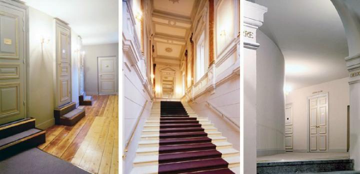 L'escalier monumental et l'accès aux loges.