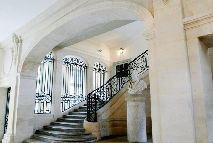 Escalier lycée Henri IV à Paris. © Photo Didier Raux