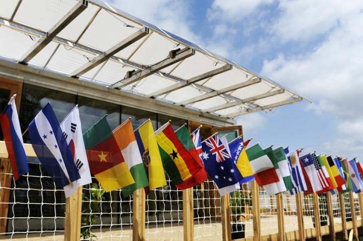 La compétition s'est déroulé du 28 juin au 14 juillet 2014 à Versailles, 20 projets en compétition venant de 16 pays et 3 continents. © Photo Didier Raux