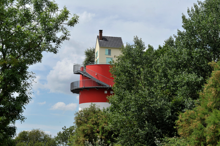 L'estuaire de la Loire comme vous ne l'avez jamais vu ! De Nantes jusqu'au port de Saint-Nazaire, découvrez un site naturel et un patrimoine extraordinaire. © Photos Didier Raux
